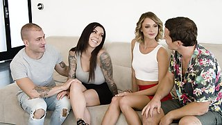video titel: Sex crazy babe Emma Hix invites one swinger couple for group sex || porn tgas: 4some,babe,beautiful,big tits,anysex