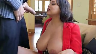 video titel: Hot and Sexy MILF with Big Natural Boobs || porn tgas: bbw,big tits,latin,mature,upornia