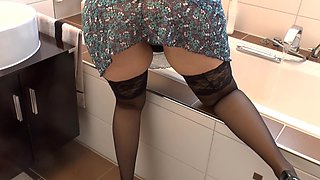 video titel: Fuck the maid by doggystyle    porn tgas: doggy,fuck,maid,