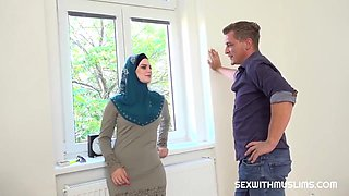 video titel: Katarina Rina Muslim Tenant Gets Discount In Exchange For Fuck || porn tgas: arab,big cock,brunette,fuck,upornia