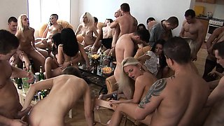video titel: Pregnant Girl Enjoys Home SEX with Friends || porn tgas: enjoying,friend,home video,pregnant,iceporn