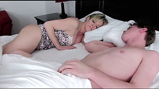 video titel: Mom Sharing Bed With Stepson    porn tgas: amateur,american,bed,big cock,