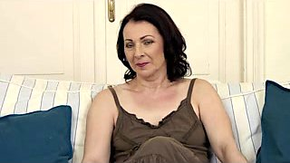video titel: Hirsute Aged Little Mambos || porn tgas: aged,brunette,casting,cougar,upornia