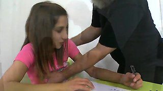 video titel: Sultry schoolgirl gets seduced and penetrated by her elderly || porn tgas: licking,old and young,reality,school girl,iceporn