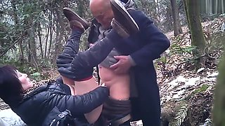 video titel: Chinese Daddy Forest || porn tgas: anal,asian,chinese,daddy,hotmovs