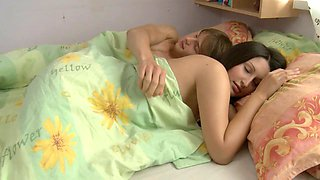 video titel: Lusty babe eats cumload after stud poundsd her in bed || porn tgas: babe,bed,blowjob,brunette,xhamster