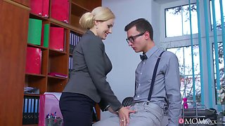video titel: Boobylicious office enchantress got some dick installed in her vagina || porn tgas: big tits,blonde,cumshots,czech,jizzbunker