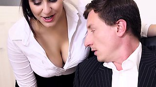 video titel: BUMS BUERO Hot office fuck with busty German secretary || porn tgas: babe,big tits,blowjob,brunette,drtuber
