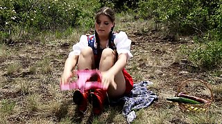 video titel: Hear the tale of Little Red Riding Hood as youve never || porn tgas: neighbor,riding,viptube
