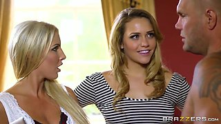 video titel: Real Wife Stories Spilling the Gardeners Seed. Georgie Lyall, Mia Malkova, Nacho Vidal || porn tgas: 3some,ass,big tits,blonde,hotmovs