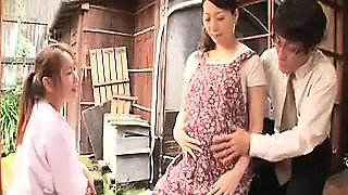 video titel: Pregnant wife is on the floor getting her cunny licked and    porn tgas: pregnant,nuvid