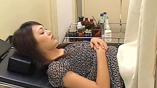 video titel: Lovely hairy Japanese broad gets fucked by her gynecologist || porn tgas: asian,fuck,hairy,hidden,upornia