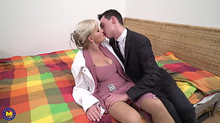 video titel: Taboo sex son seduce lovely mature mother || porn tgas: big tits,blowjob,granny,high definition,xhamster