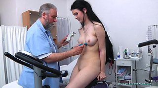 video titel: Tima Gyno Exam || porn tgas: college,doctor,high definition,old and young,xhamster