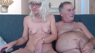 video titel: Hey granny, I want your husband cock || porn tgas: bisexual,cock,granny,husband,xhamster