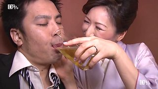 video titel: Hitomi Ohashi H Cup Beauty Jav Big Tits Mature Woman Av Actress Dressed As A Mommy Of A Bar And Tempting Customers || porn tgas: asian,beautiful,beauty,big tits,