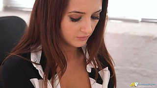 video titel: Sexy 19 yo secretary Layla and her fucking hot cleavage    porn tgas: 19 years old,fuck,secretary,sexy,anysex