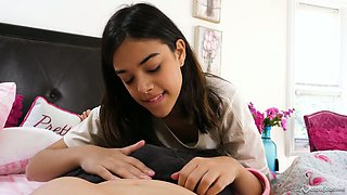 video titel: Lovable dark haired cutie Harmony Wonder pleases dude with oral sex || porn tgas: babe,beautiful,blowjob,cumshots,xcafe