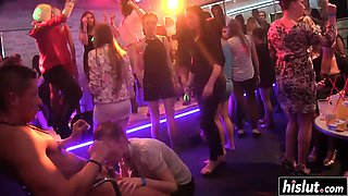 video titel: Party girls know how to pleasure cocks || porn tgas: babe,blonde,blowjob,brunette,nuvid