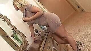 video titel: Bimbo looking auntie is ready for hard fucking || porn tgas: amateur,anal,ass,blonde,PornoSex