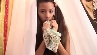 video titel: She shows all || porn tgas: closeup,fingering,masturbation,old and young,xhamster