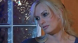 video titel: Blond haired adult movie actress gets fucked || porn tgas: adult,blonde,fuck,milf,PornoSex