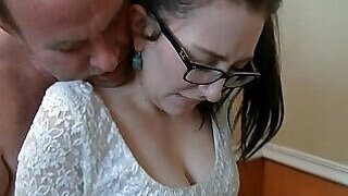 video titel: Nerdy young girl molested by her own father || porn tgas: amateur,anal,ass,bukkake,PornoSex