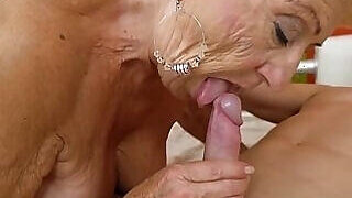 video titel: Wrinkly bitch wants a huge facial in this one    porn tgas: amateur,bbw,bitch,blowjob,PornoSex