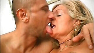 video titel: Filthy old woman fucking a filthy younger dude || porn tgas: anal,ass,bbw,blonde,PornoSex