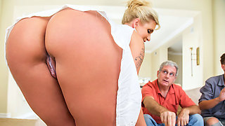 video titel: Ryan Conner Bill Bailey in Take A Seat On My Dick || porn tgas: big ass,big tits,blonde,creampie,