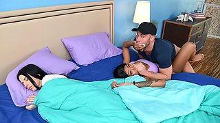video titel: Nadia Jay Amber Wildee in If Youre Cheating, So Am I SneakySex || porn tgas: american,brunette,cheating,cumshots,videotxxx