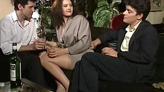 video titel: Chantage de Femmes || porn tgas: anal,double,fingering,hairy,upornia
