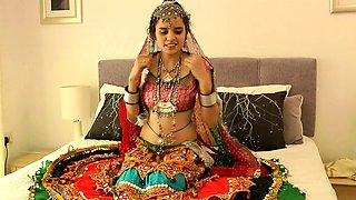 video titel: Charming Indian College Girl Jasmine In Gujarati Garba Dress || porn tgas: amateur,charming,college,erotica,iceporn
