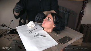 video titel: Real whore London River gets her pussy punished by one kinky dude || porn tgas: british,dude,kinky,punishment,anysex