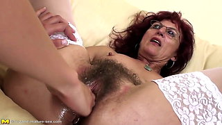 video titel: Deep fisting for sexy mature mom hairy pussy || porn tgas: fisting,granny,hairy,high definition,xhamster