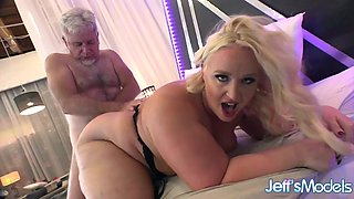 video titel: Zoey Skyy Blonde Zoey Is Fucked || porn tgas: babe,bbw,big ass,blonde,xxxdan