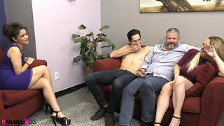 video titel: Victoria Voxxx is the real master of bisexual activity with her horny friends || porn tgas: bisexual,friend,horny,master,anyporn