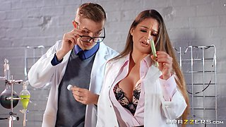 video titel: Nerdy babe Cathy Heaven fucked and fisted at the office || porn tgas: babe,big cock,big tits,closeup,bravotube