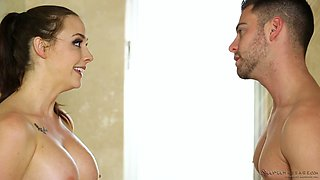 video titel: Horny masseur takes a bath with Chanel Preston and he is having fun || porn tgas: bathroom,fun,horny,yourlust