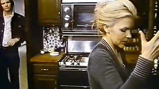video titel: Confessions of a Young American Housewife 1974 || porn tgas: american,blonde,blowjob,brunette,videotxxx