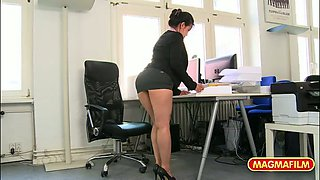 video titel: Very appetizing secretary is fucked and licked from behind || porn tgas: asian,ass fucking,blowjob,doggy,yourlust