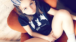 video titel: Innocent Young Molly Loves drink Pee || porn tgas: babe,blowjob,european,high definition,xhamster