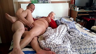video titel: Amateur Asian Granny With Younger || porn tgas: amateur,asian,old and young,xhamster